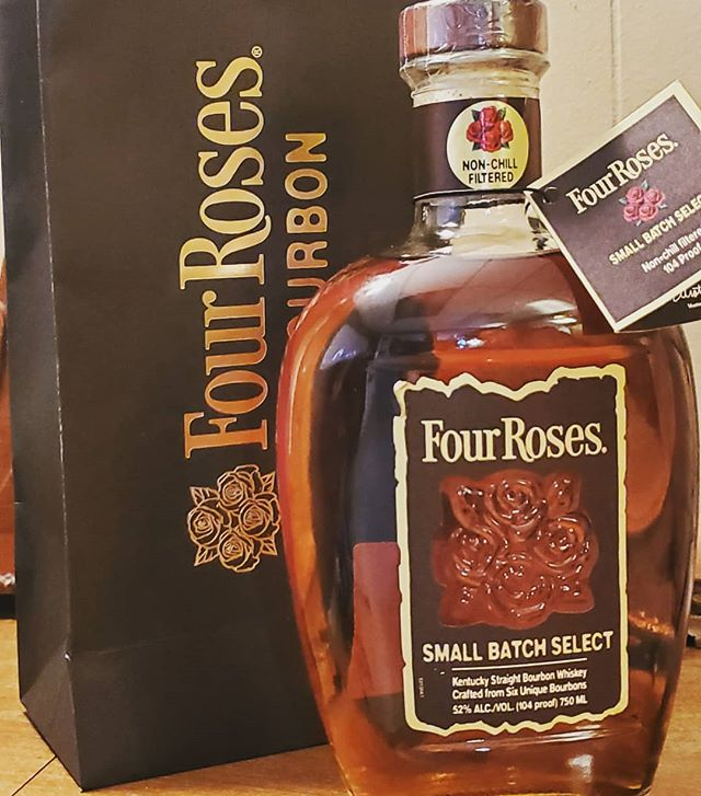 Take a tour with us and visit Four Roses Distillery and pick up a bottle of the brand new Four Roses Small Batch Select!  @fourrosesbourbon #bourbon #bourboncountry #whiskey #whiskeygram #kentuckyproud #kentucky #sharethelex #tourism #tour #bluegrass #bachelorparty #bachelor #bacheloretteparty #bachelorette