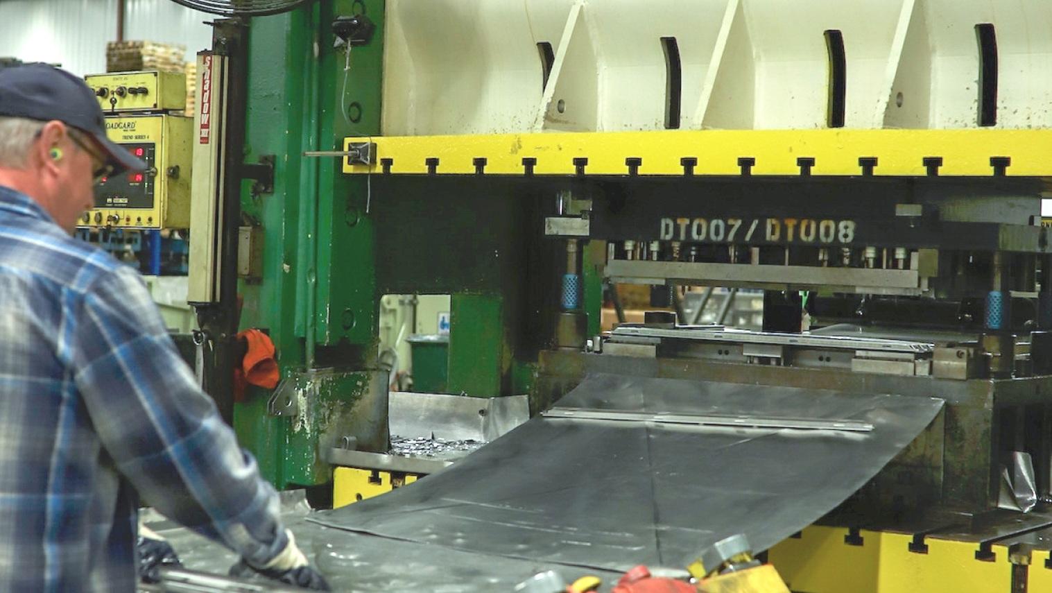 manufacturing-3.jpg
