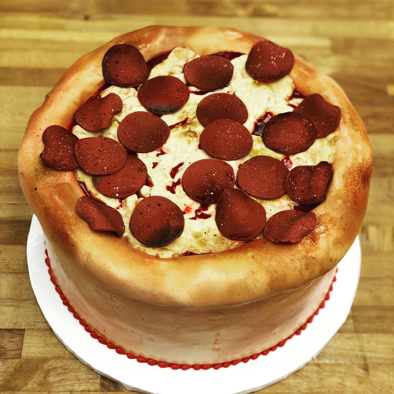 pizza theme cake.jpg