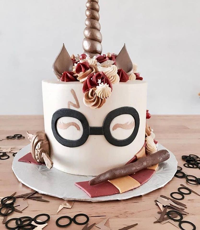 harry potter theme cake.jpg