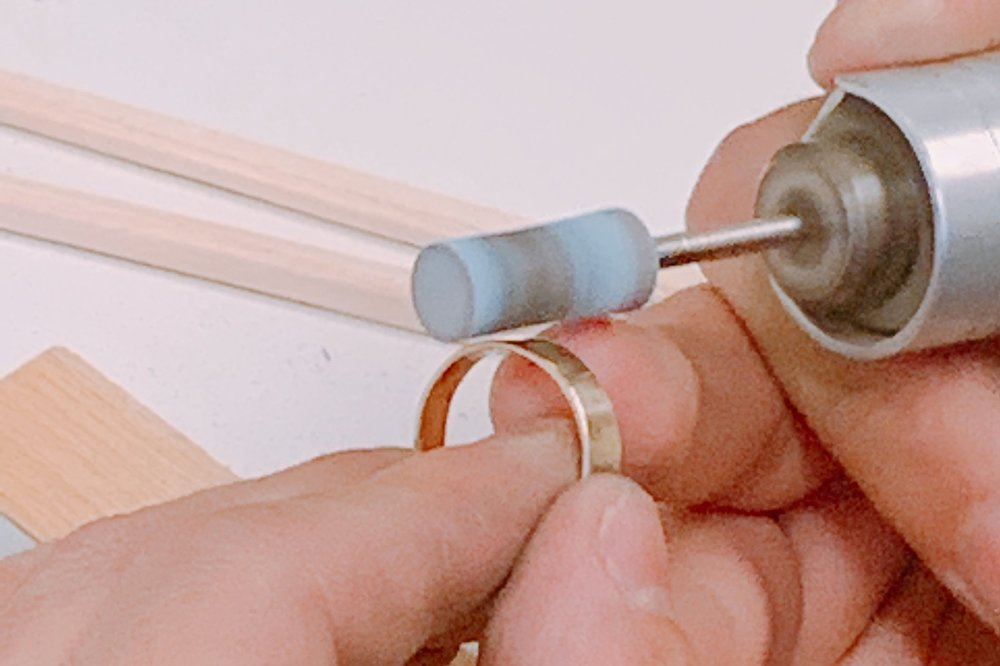 JEWELRY CLASS - Intro course to jewelry where students will be making with metal or beads.TUESDAY JULY 16