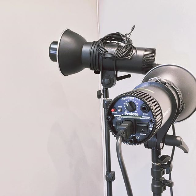 PHOTOGRAPHY CLASS - Students will learn how to utilize digital camera with adjustments to lighting and props such as fabric to take self portraitures and create film.THURSDAY AUGUST 22