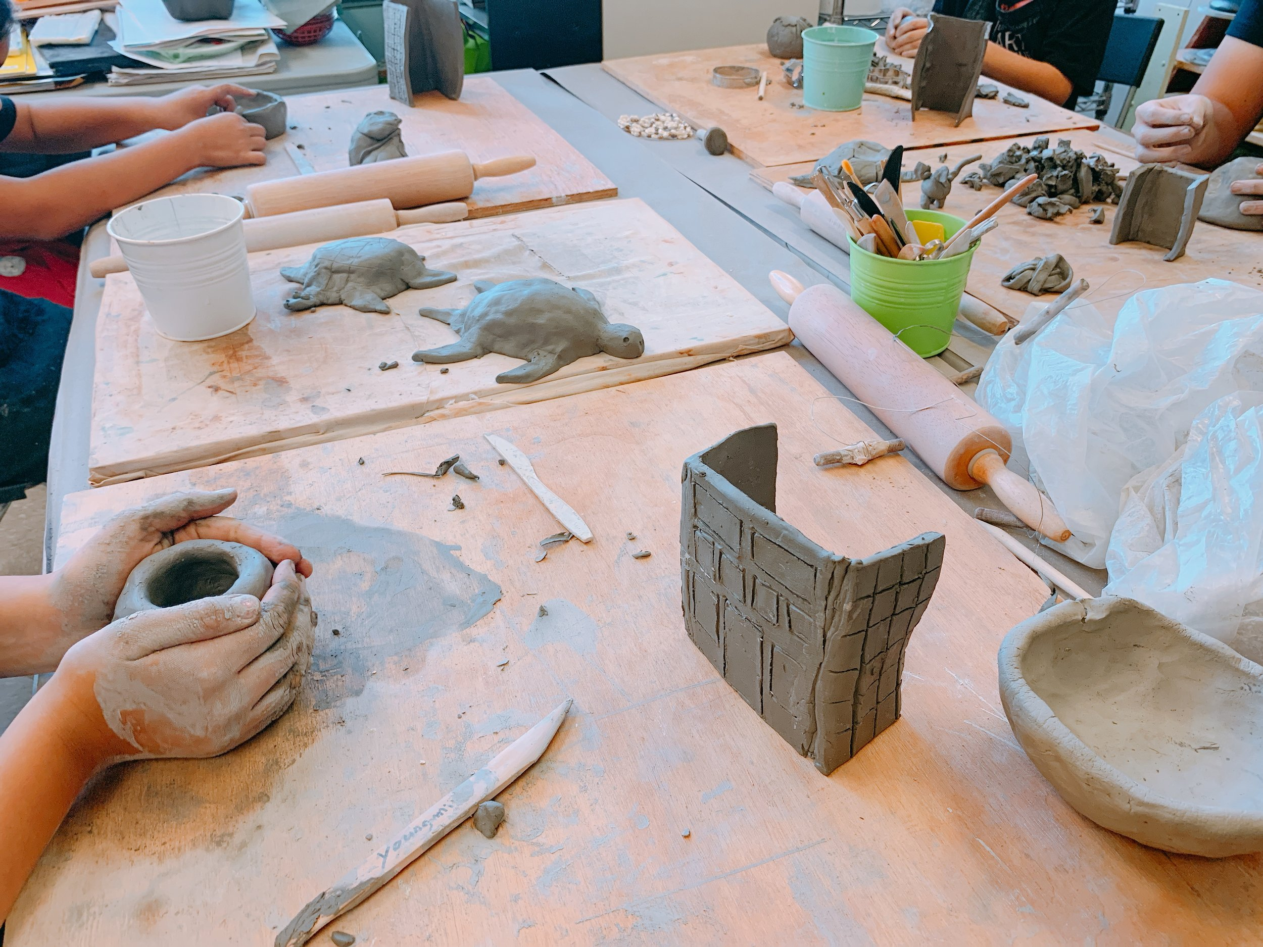 CERAMIC CLASS - Students will learn how to hand make ceramics by pinching, rolling, and shaping the clay.