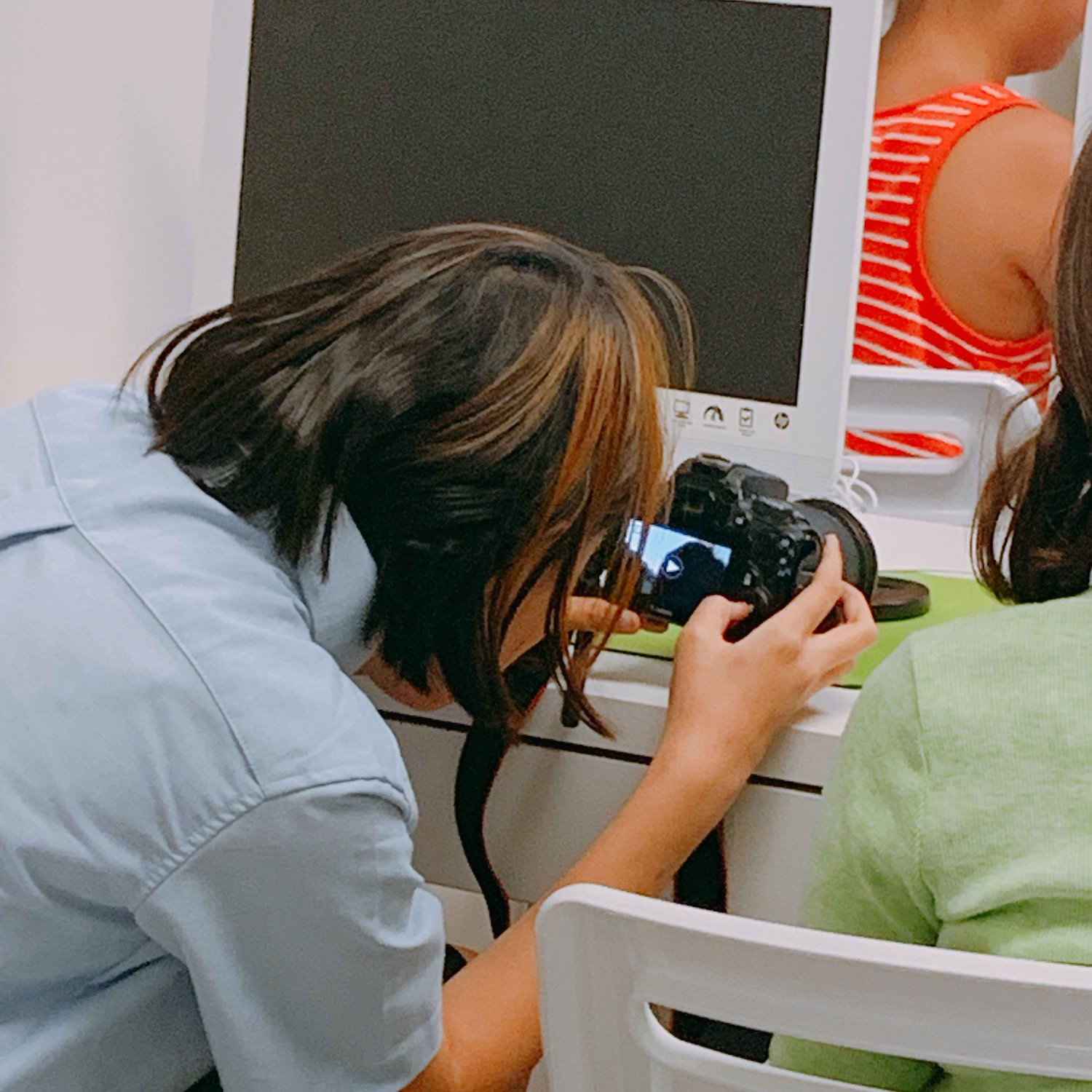 PHOTOGRAPHY CLASS - Students will learn how to utilize digital camera with adjustments to lighting and props such as fabric to take self portraitures and create film.