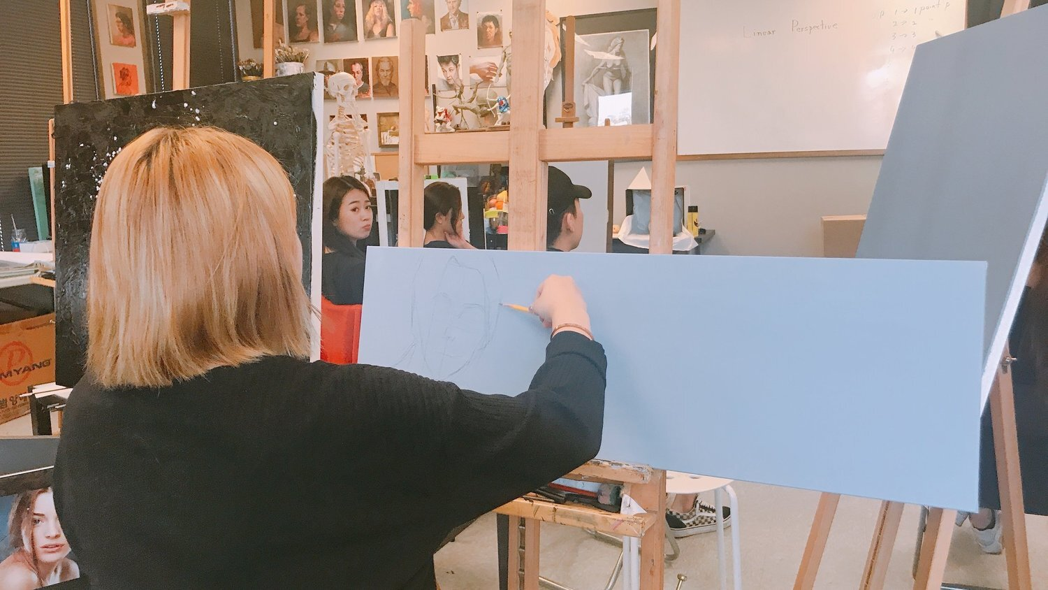 DRAWING/PAINTING CLASS - Students will learn the traditional techniques on drawing and painting