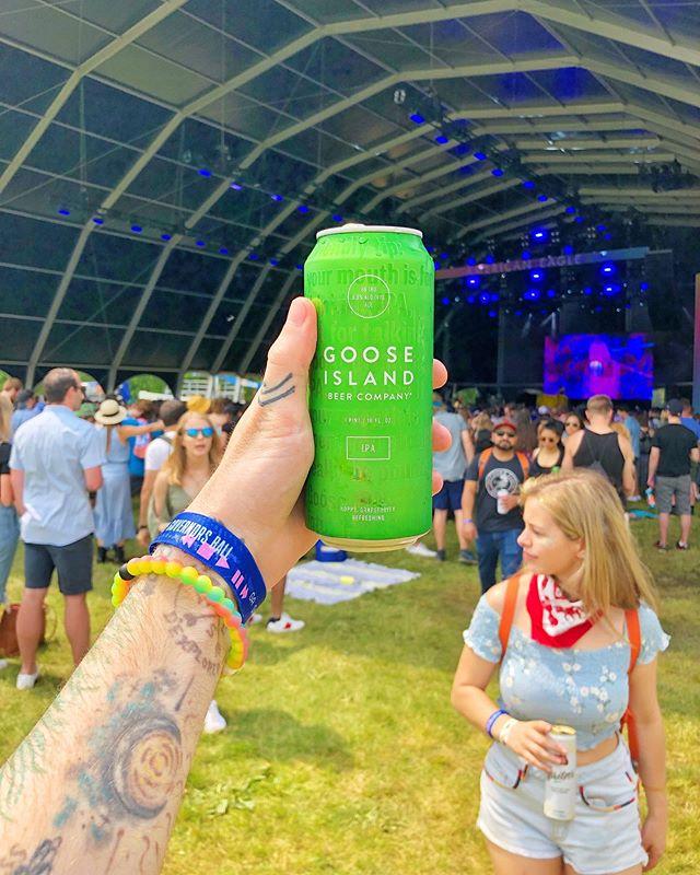 #fbf to @govballnyc this summer 🤩 🍺: @gooseisland IPA #chrisdoesdrinks • • • #beer #ipa #nyc #govball #govballnyc #musicfestival #festivalseason #musicfest #ilovenewyork #ilovebeer #beerorbust #beerbeerbeer #🍺 #newyork #newyorkbeer #newyorkbrewery #whatimholding #randallsisland #governorsball #concert #flashbackfriday #summer #summervibes #festivalvibes #gooseisland #gooseislandbeer