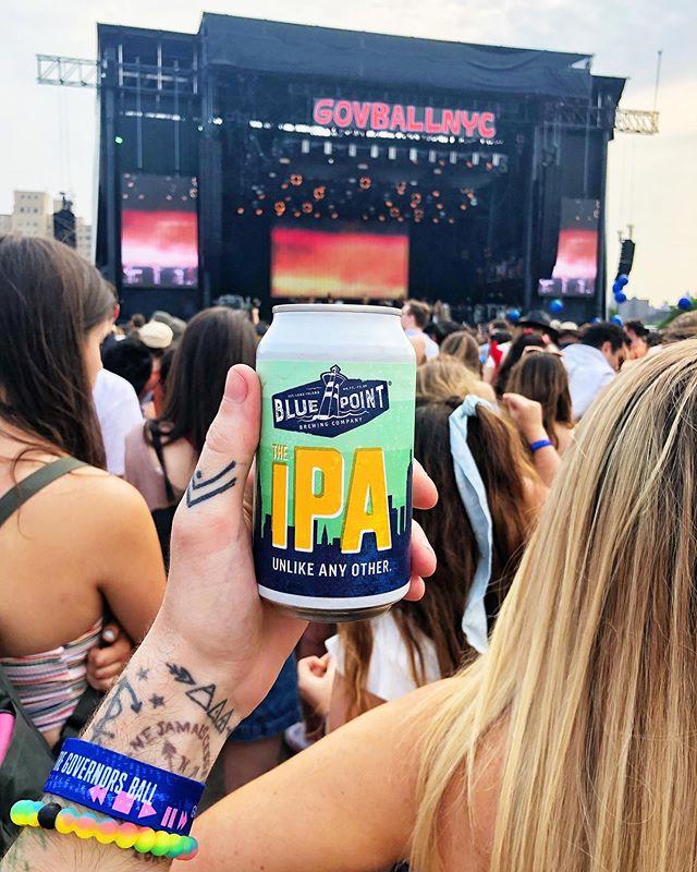 #fbf to @govballnyc this summer 🤩 🍺: @bluepointbrewing The IPA #chrisdoesdrinks • • • #beer #ipa #nyc #govball #govballnyc #musicfestival #festivalseason #musicfest #ilovenewyork #ilovebeer #beerorbust #beerbeerbeer #🍺 #newyork #newyorkbeer #newyorkbrewery #bluepointbrewery #whatimholding #randallsisland #governorsball #concert #flashbackfriday #summer #summervibes #festivalvibes