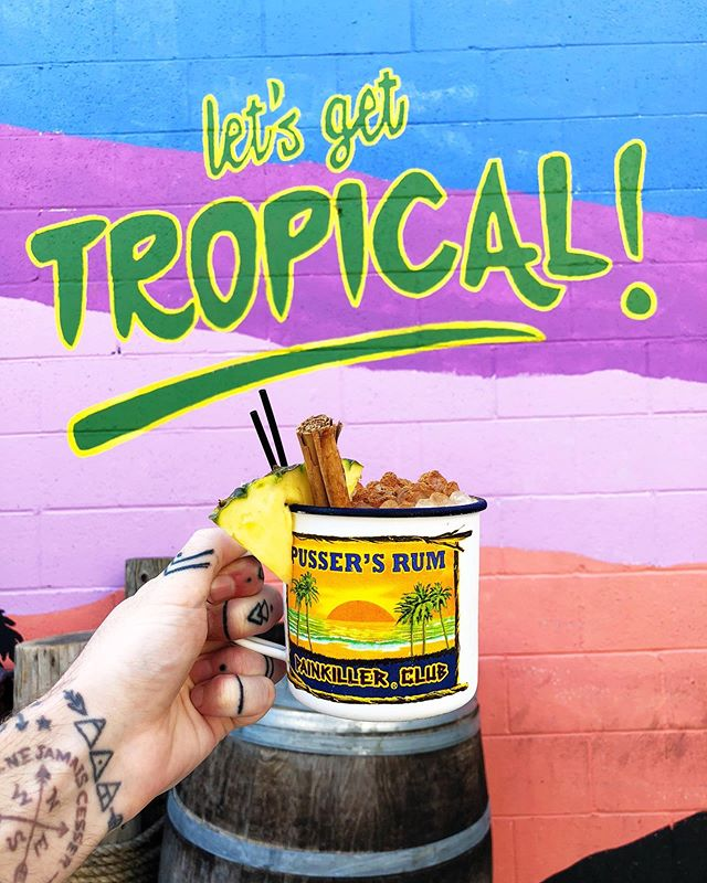 Raise your glass if you're not ready for summer to end... 🦜🌴 📍 @junglebird916 🍹 The Painkiller #chrisdoesdrinks • • • #whatimholding #whatimdrinking #cocktail #🍹 #painkiller #junglebird #sacramento #visitsacramento #summervibes #igerssac #tropical #tropicalcocktail #tiki #tikibar #tikidrinks #letsgettropical #summer #summerdrink #pinacolada #rum #whyistherumgone #cheers #handtattoo #neverendingsummer #sacfoodandbooze