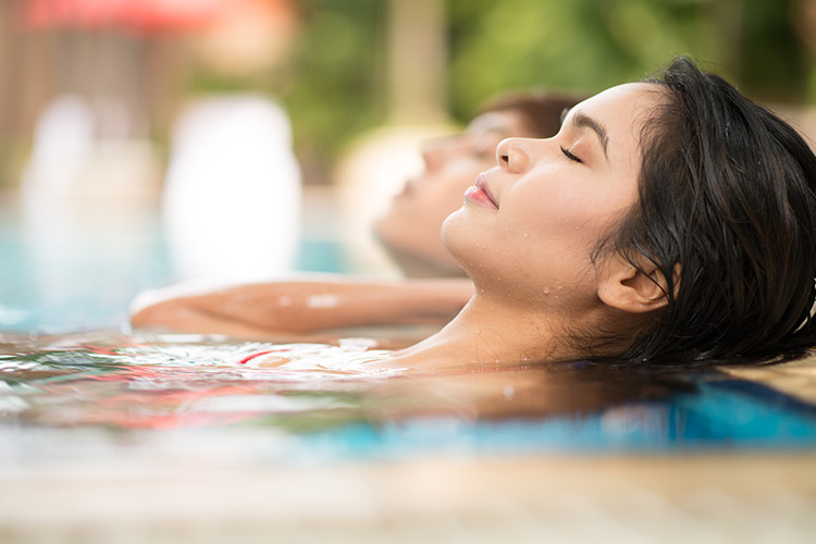 water therapy for pain relief and treatment