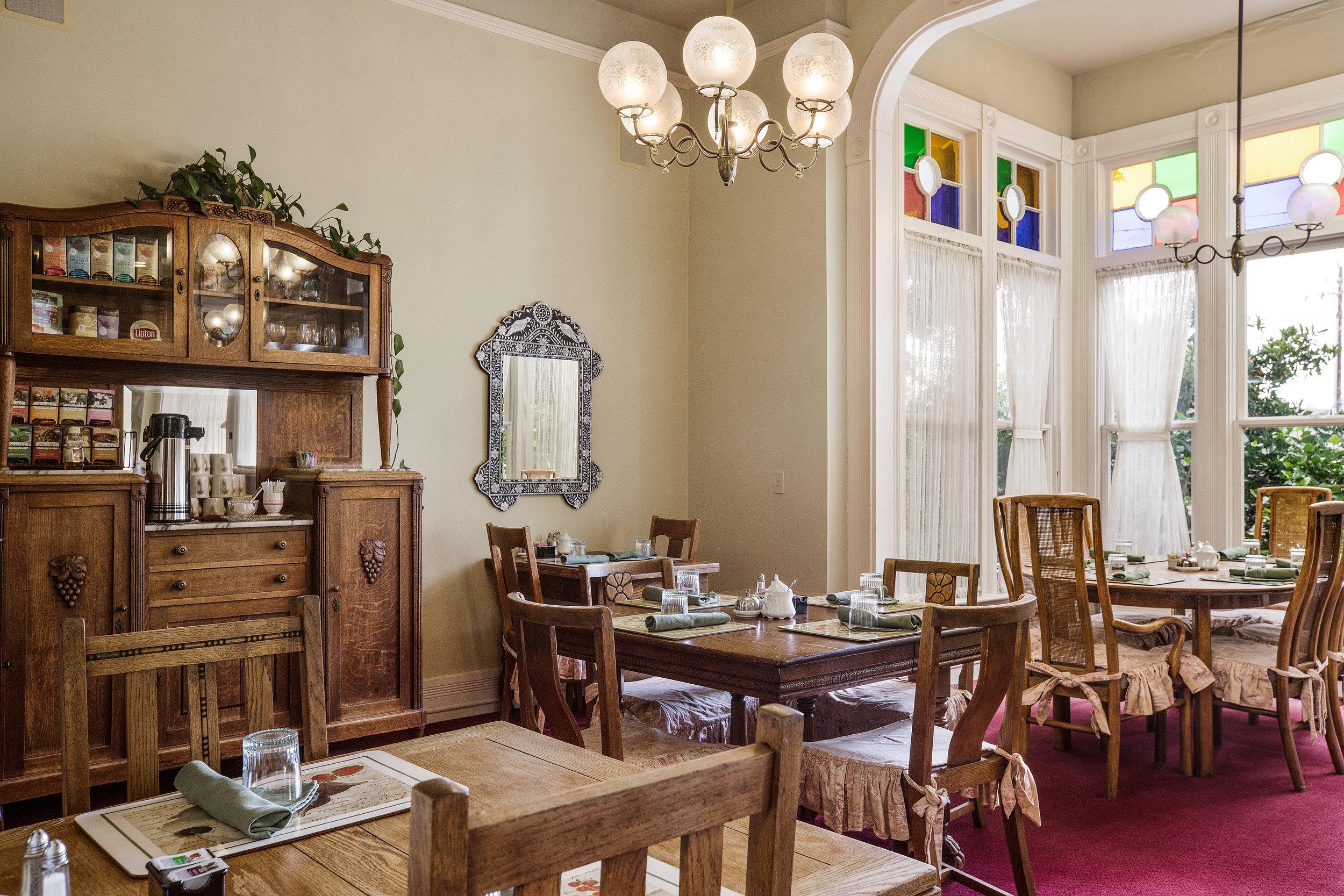 Garden Street Inn dining room