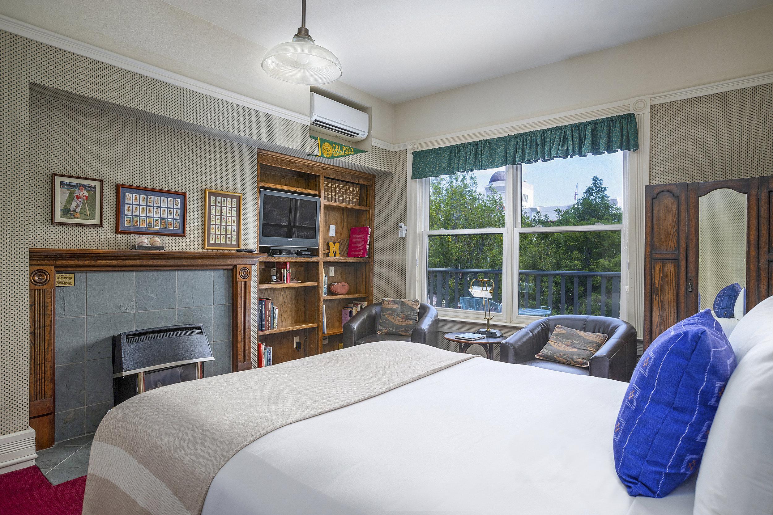 Garden Street Inn room