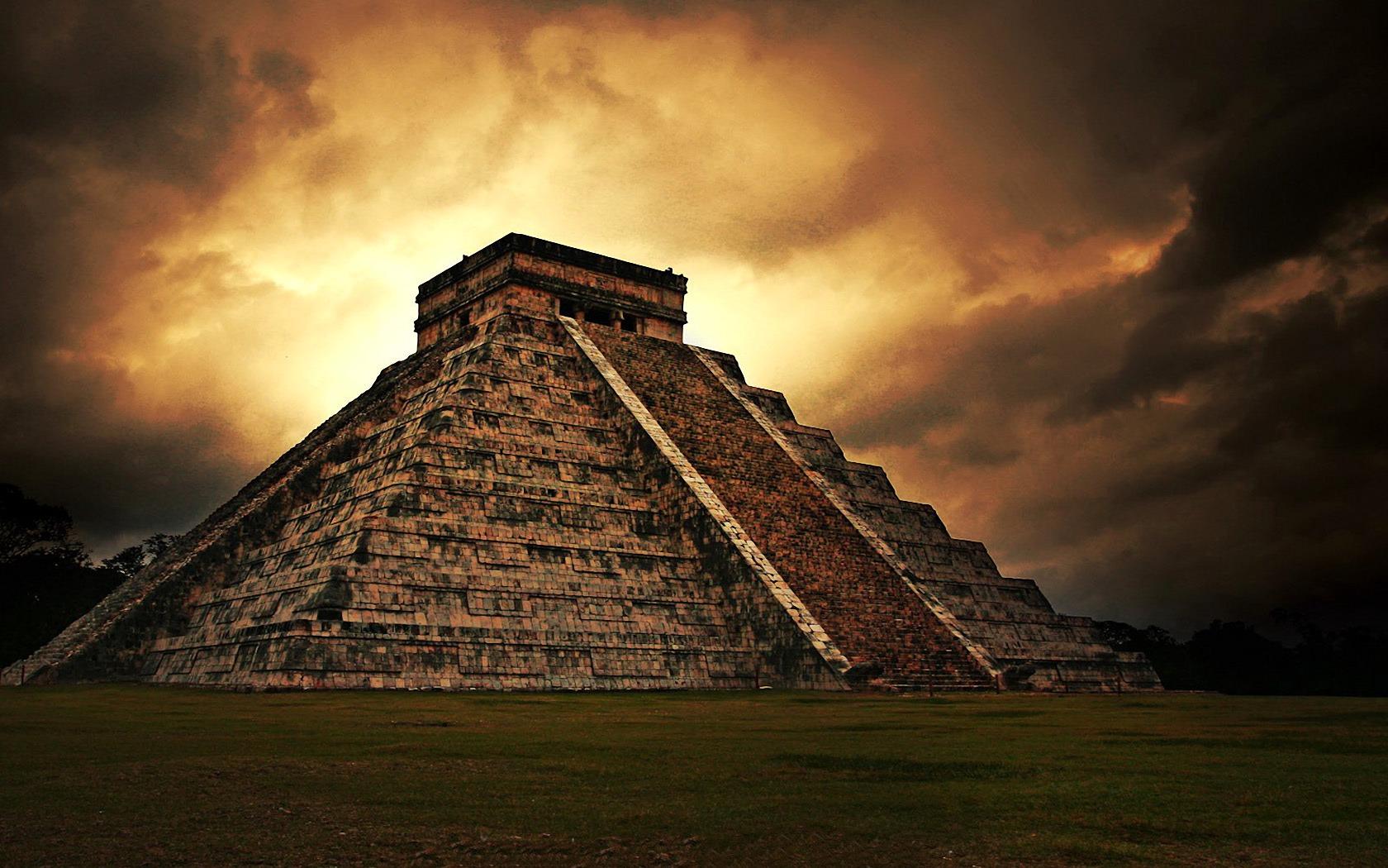 Ancient-Mayan-Pyramid.jpg
