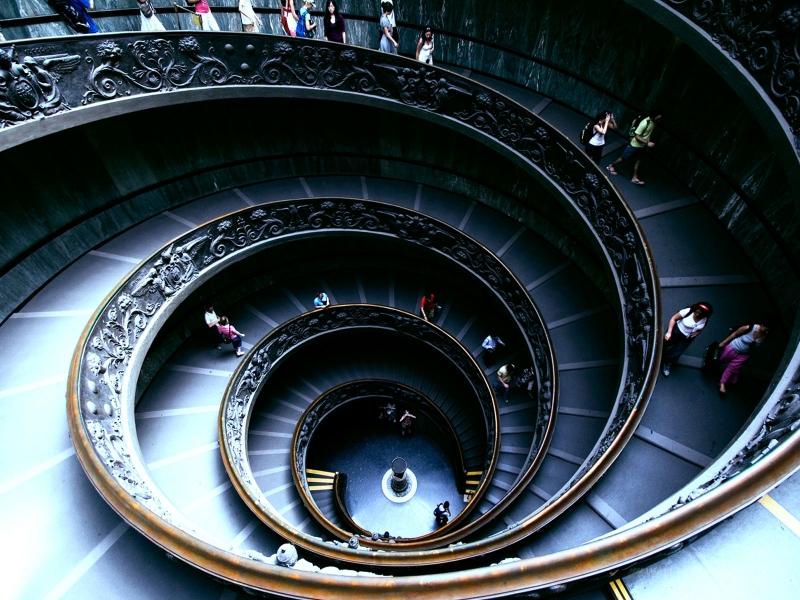 Spiral Stairs at the Sistine1184280232-800x600.jpg