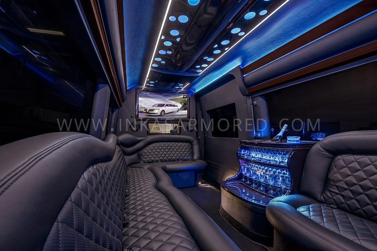 INKAS_Mercedes-Benz-Sprinter-PartyBus-03.jpg