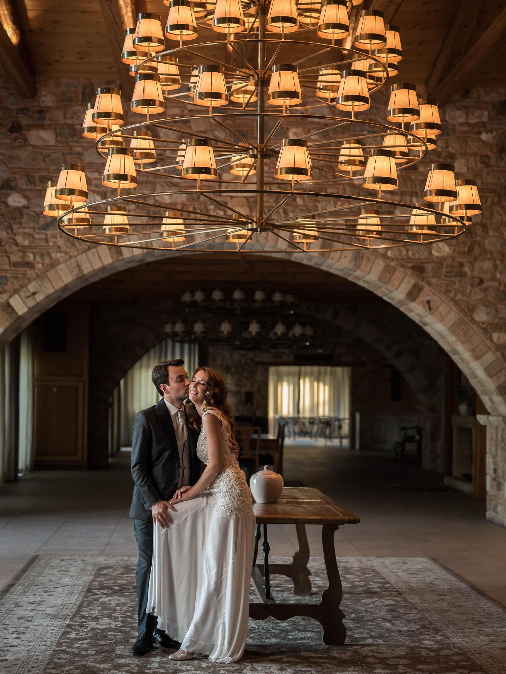 ΒΑΣΙΛΗΣ & ΖΩΗ - Ρομαντικός γάμος στον Πύργο Πετρέζα