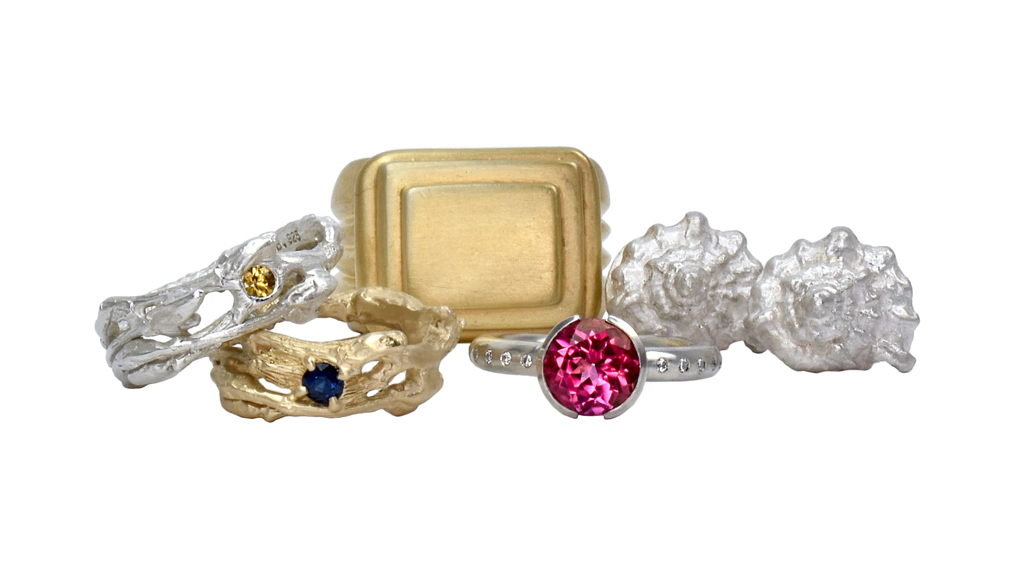 STICK CUFF WITH DIAMONDS BY STÔN