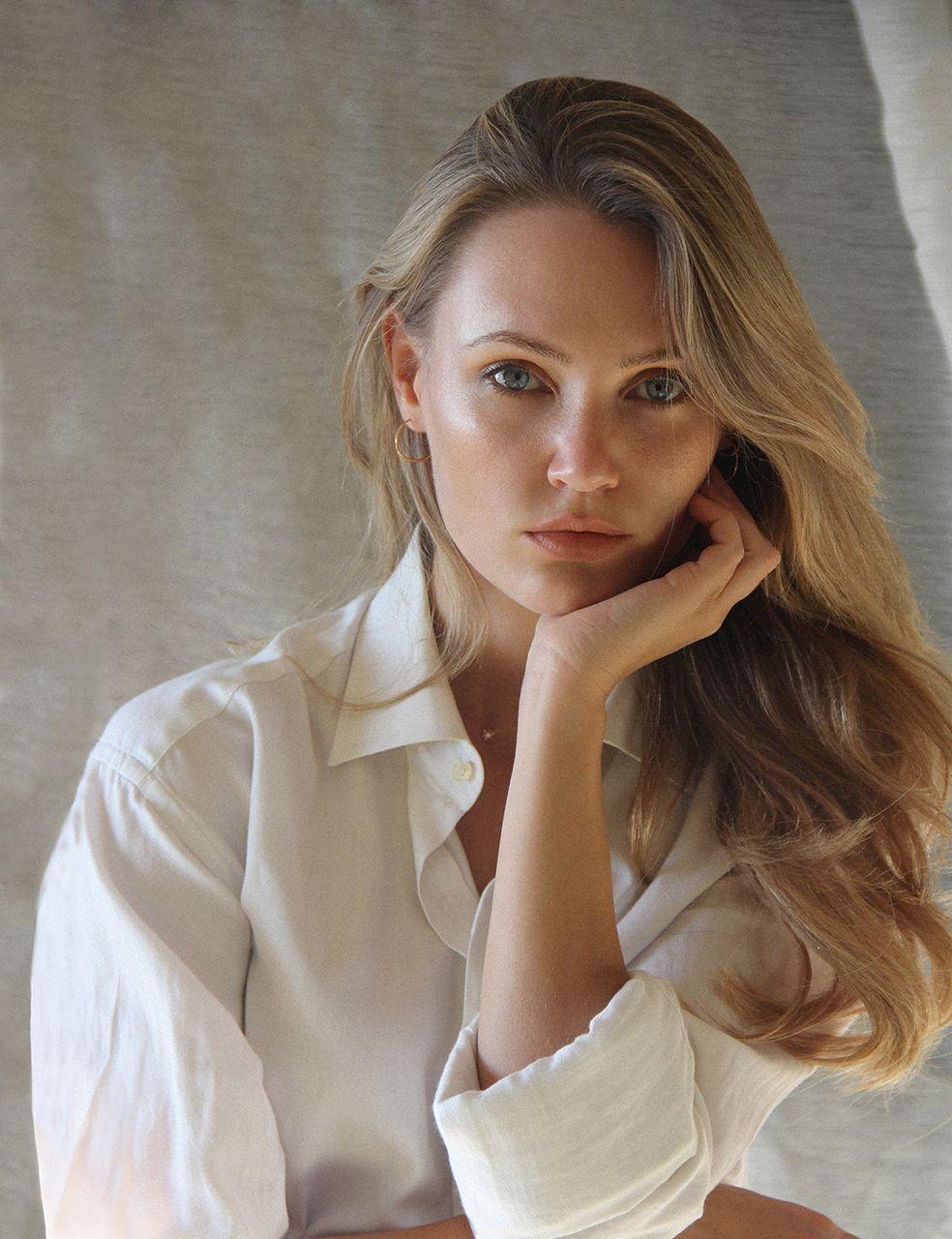 Caroline_Wendelin_portrait_-.jpg
