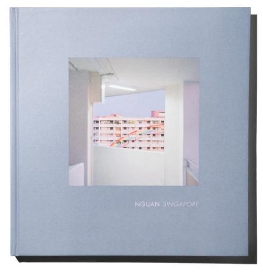 Nguan,《Singapore.》出版社: Maybe Hotel,128 頁,82 張圖片。