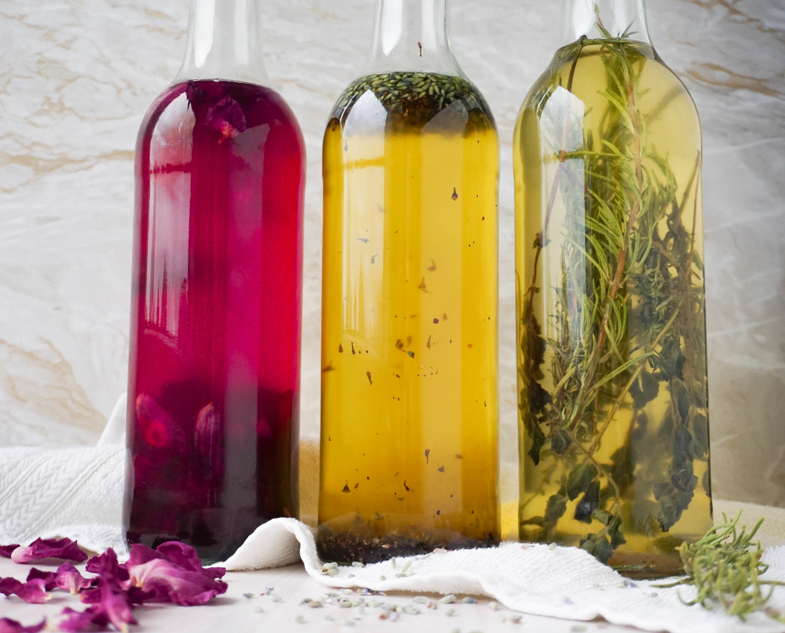 plastikfrei Baden - natürliches DIY Badeöl.jpg