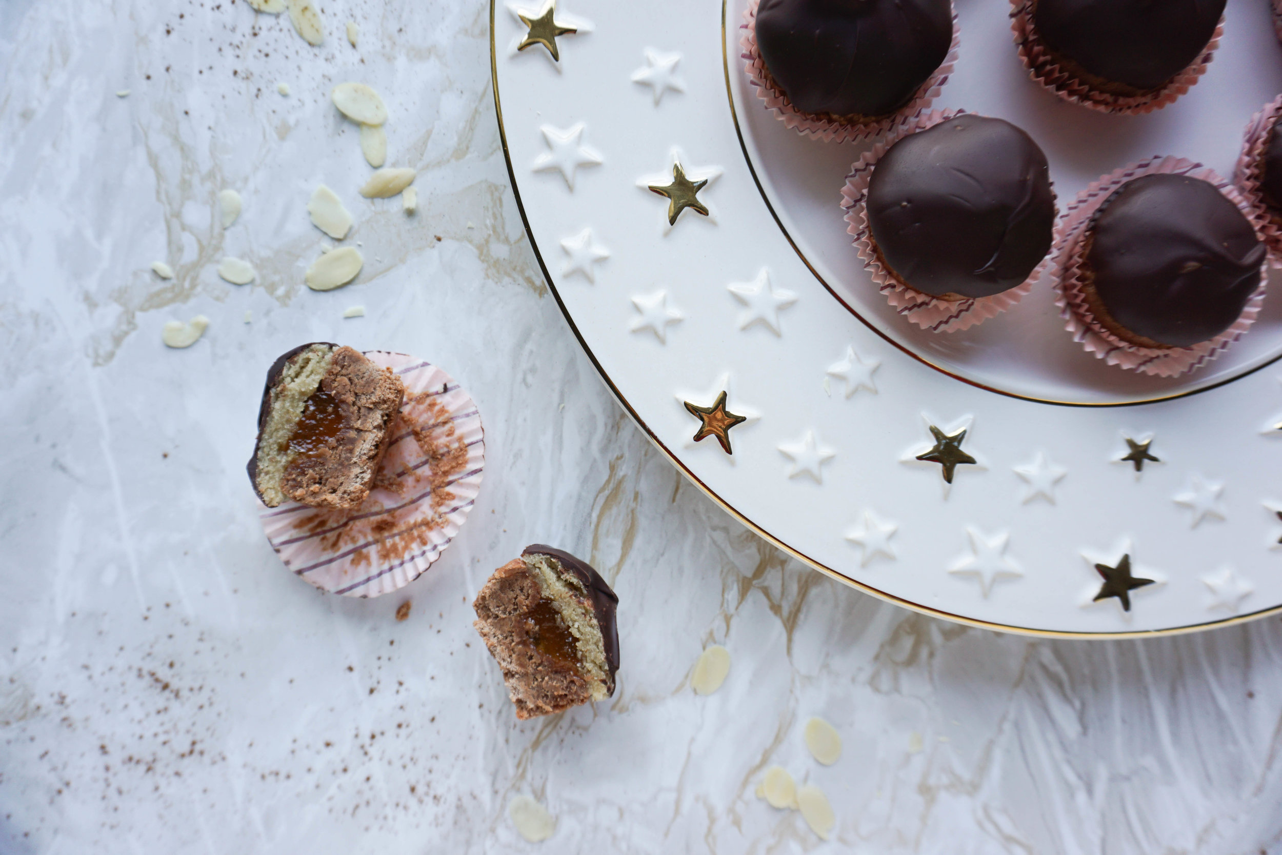 Domino Mini-Cupcakes (Vegan, Glutenfrei).jpg