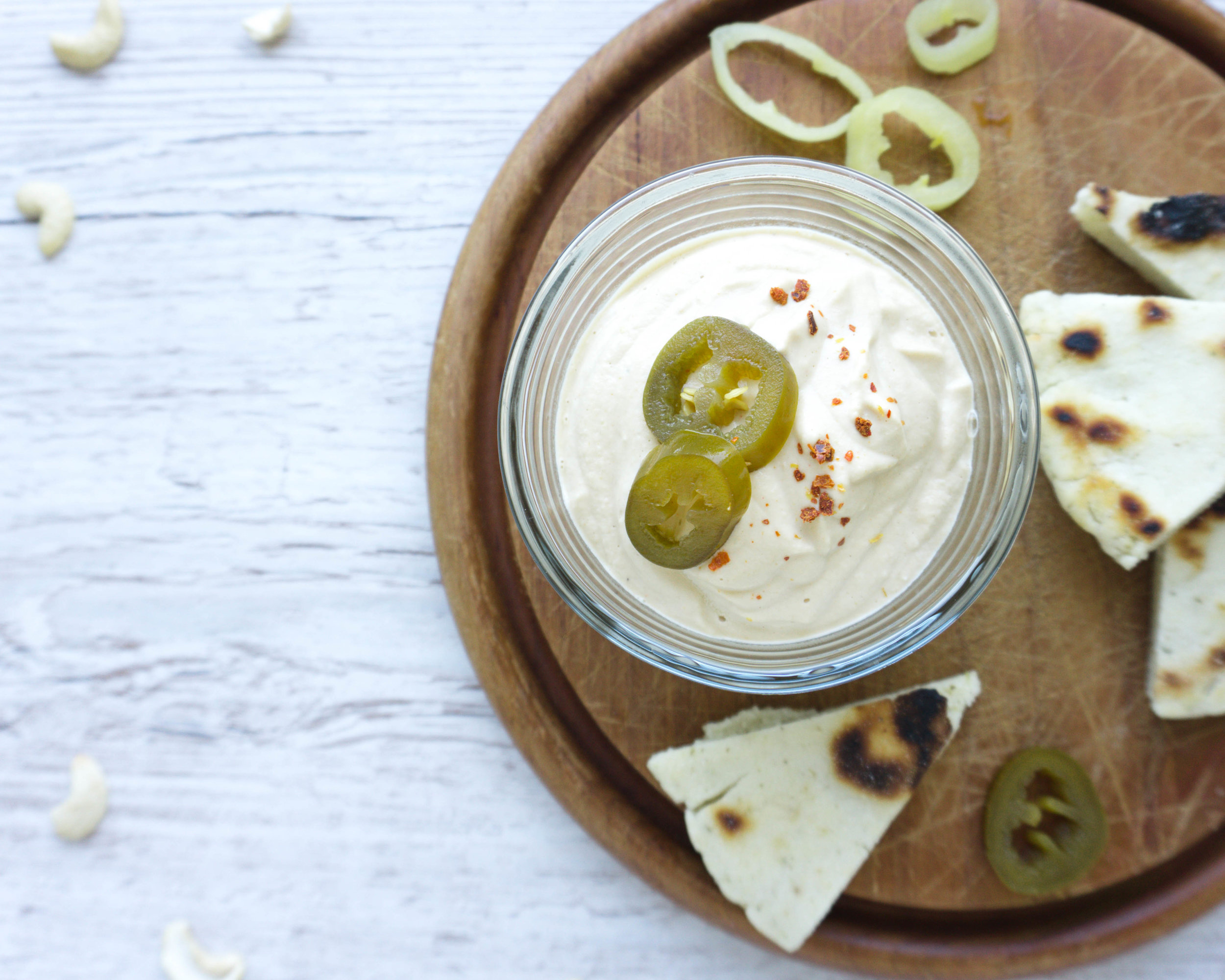cremiger Cashew Queso Dip (Vegan, Paleo, Zuckerfrei, ohne Öl).jpg