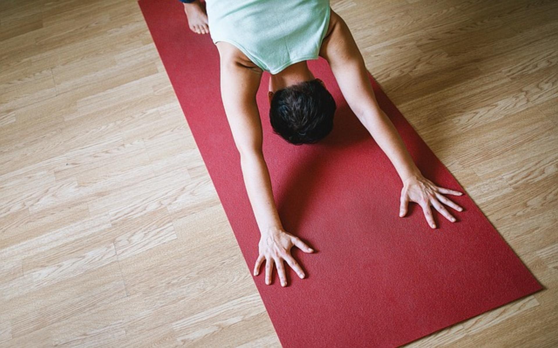 Les effets du yoga se mesurent à travers une pratique régulière.