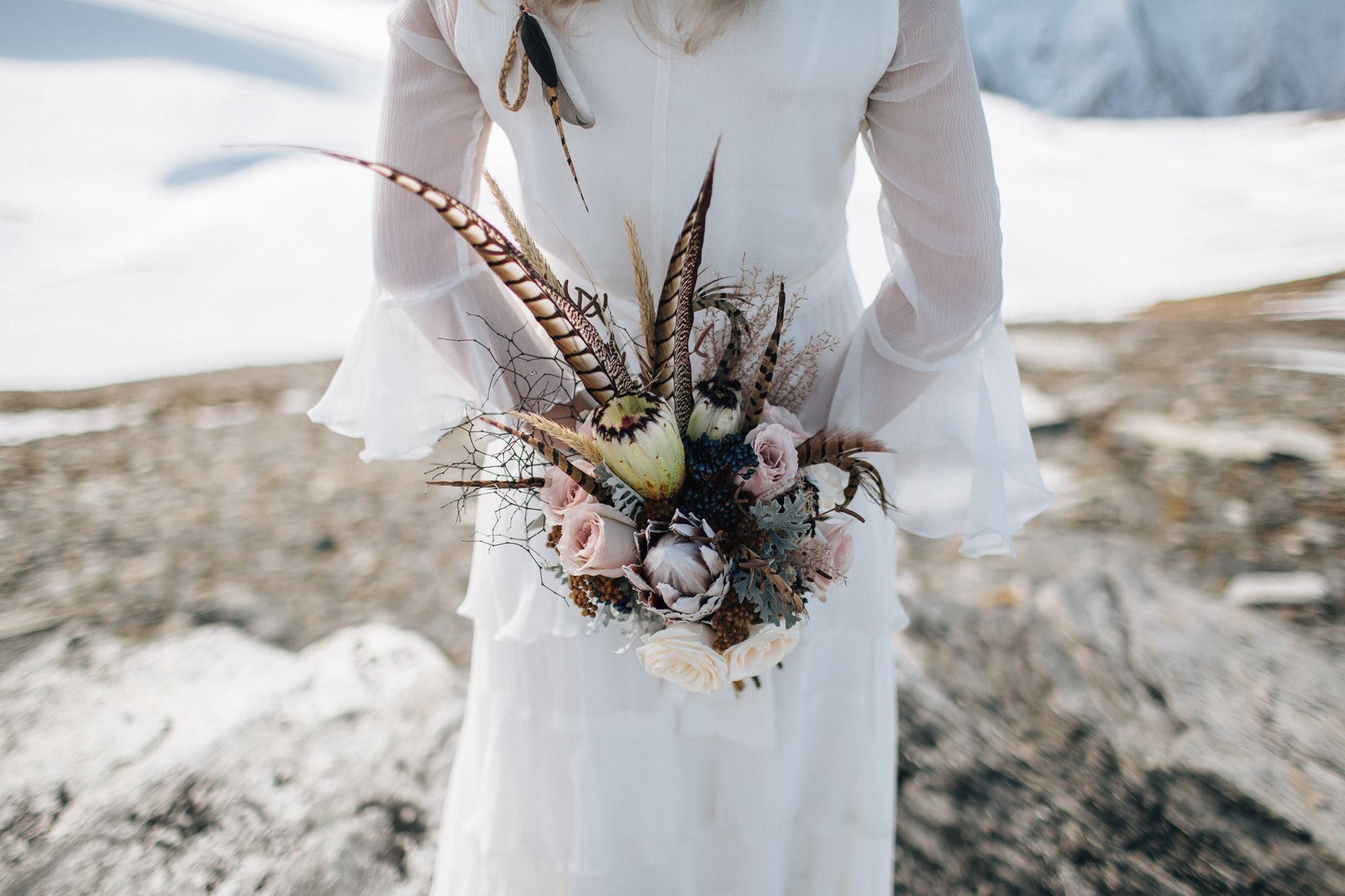 Crimson_wedding-Flowers29.jpg