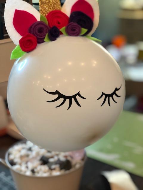 DIY unicorn birthday party centerpiece