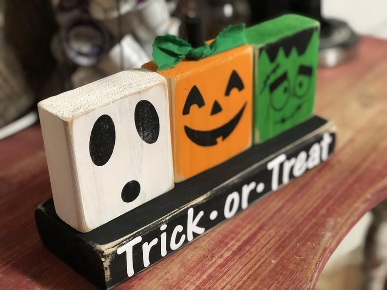 DIY 2x4 painted Halloween blocks