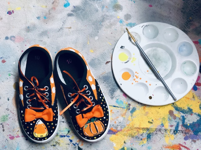 DIY how to paint Walmart clearance shoes to give them an upgrade