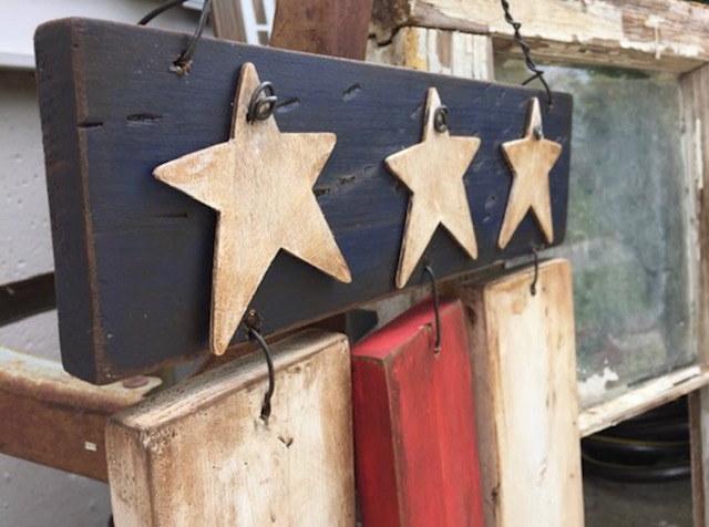 DIY wood American flag. How to add antiquing wax to distress it.