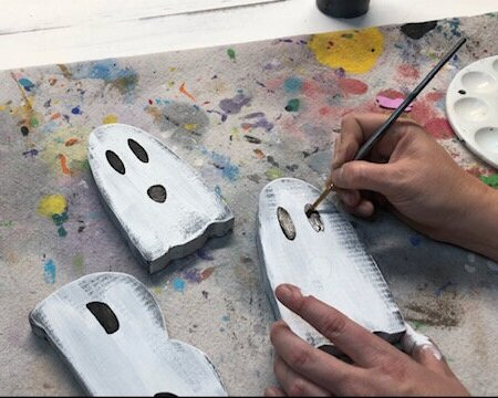 How to paint your adult DIY CRAFT KIT, BOO wood cutouts for Halloween.