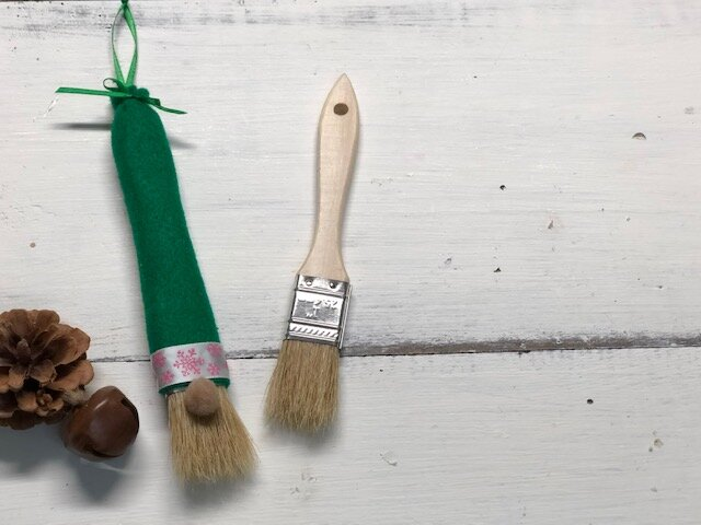 DIY Gnome Ornament, how to make an easy gnome Christmas tree ornament from a paint brush. Cheap and easy gnome craft for adults and kids. Easy how to make a gnome tutorial.