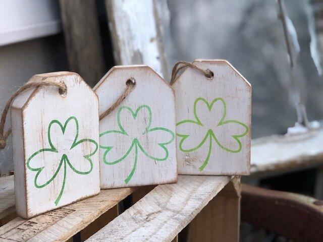 DIY mini St. Patrick's Day wood tags