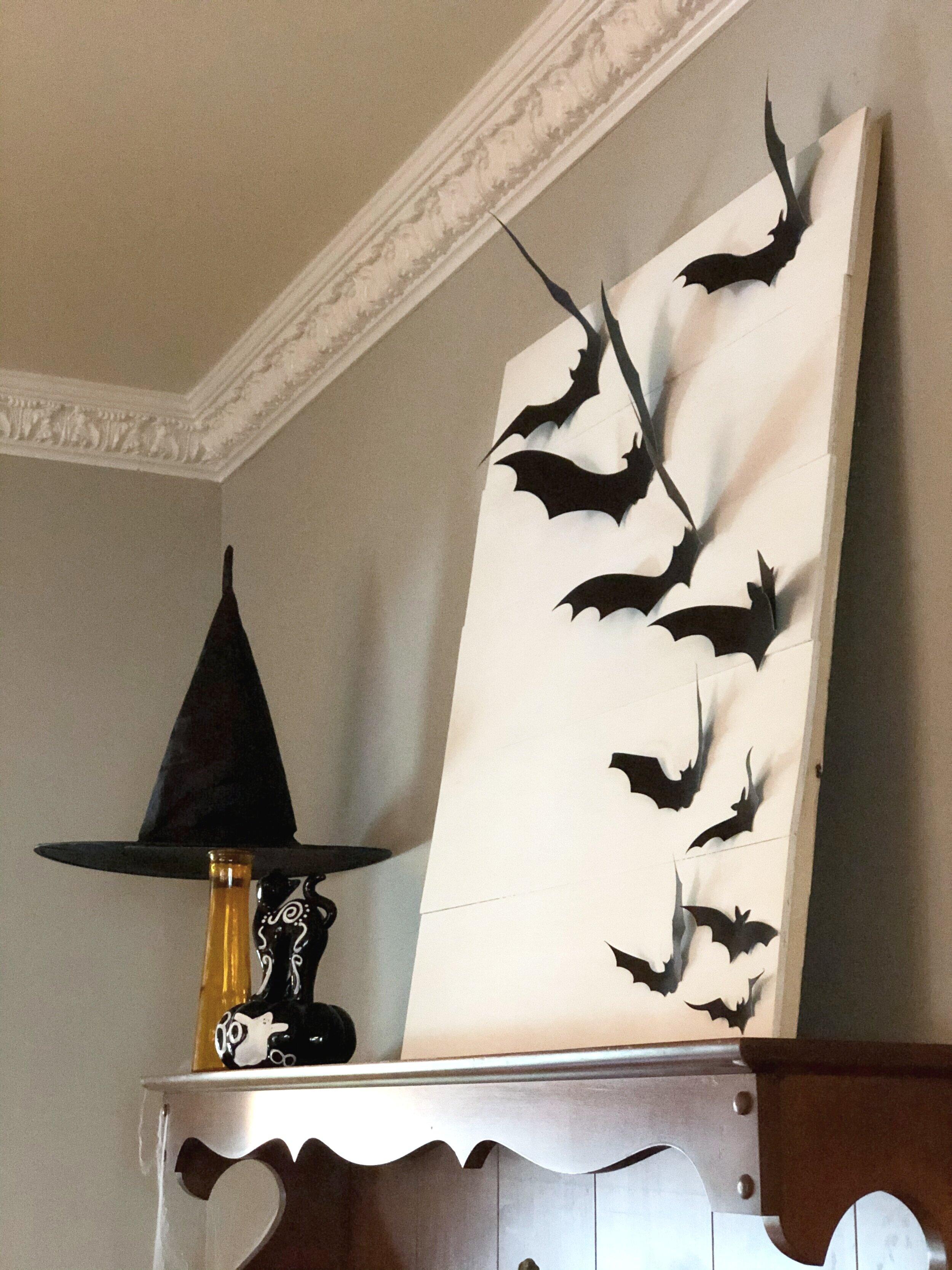 Flying bat sign, easy DIY sign for Halloween
