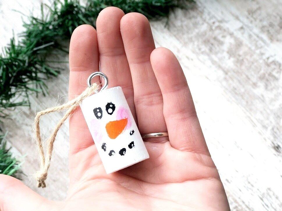 DIY dowel rod snowman ornament DAY 8