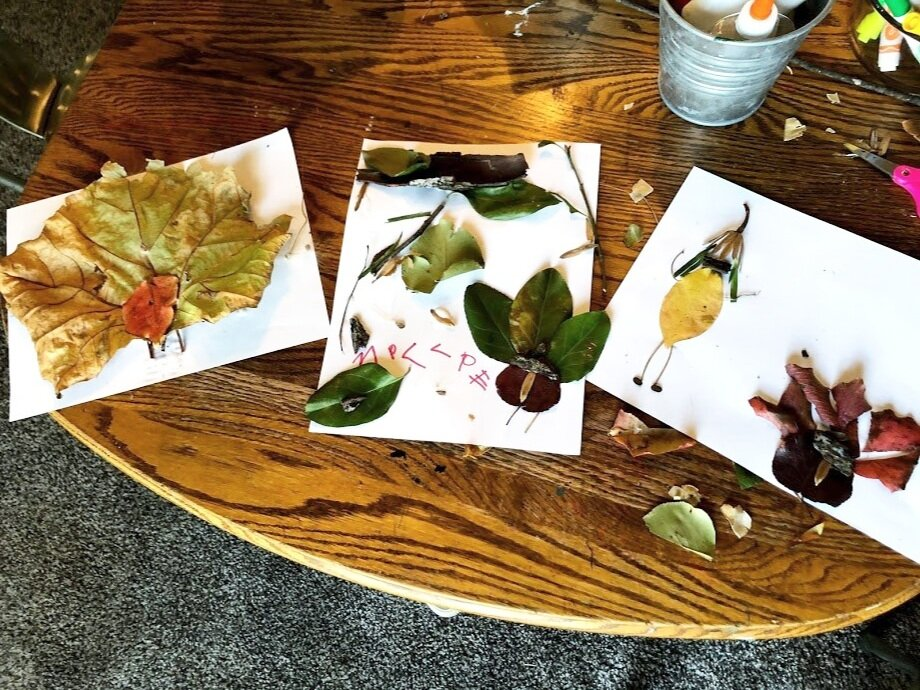 Leaf art with kids. Fun and easy leaf people and leaf turkeys for kids to make with their parents. Fun outdoor fall craft project to do with kids of all ages.