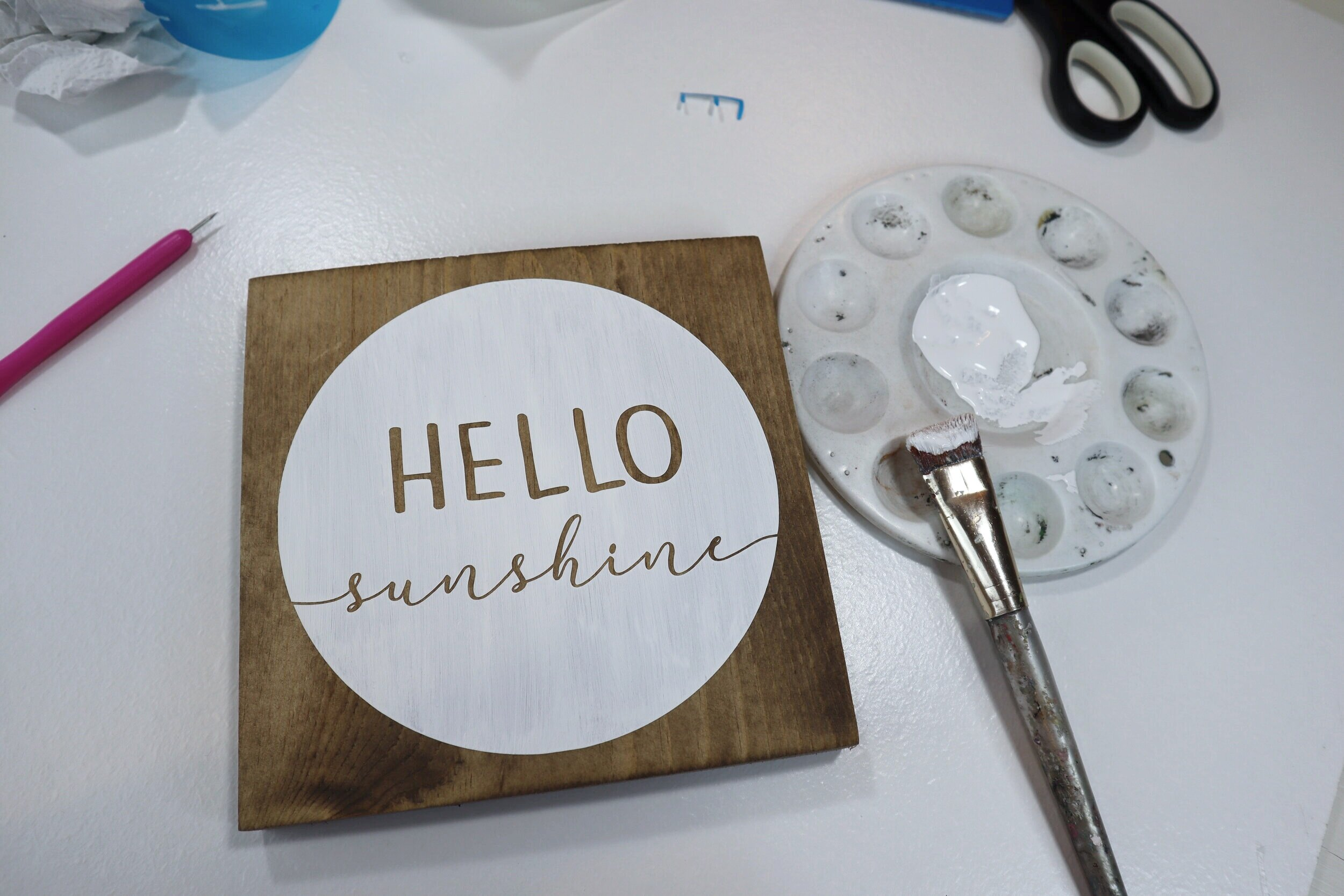 DIY hello sunshine stained wood sign + FREE SVG
