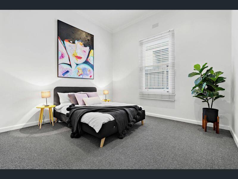 bedroom-black.jpg