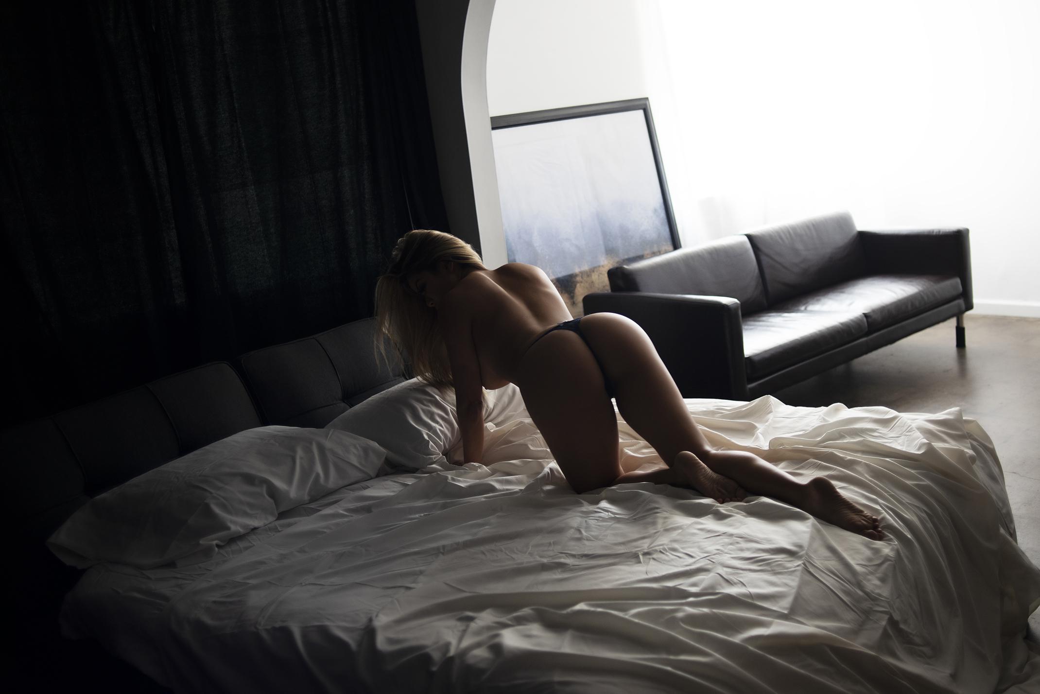 phoenix boudoir photographer, boudoir photography, boudoir photographer, scottsdale boudoir photographer, arizona boudoir photographer