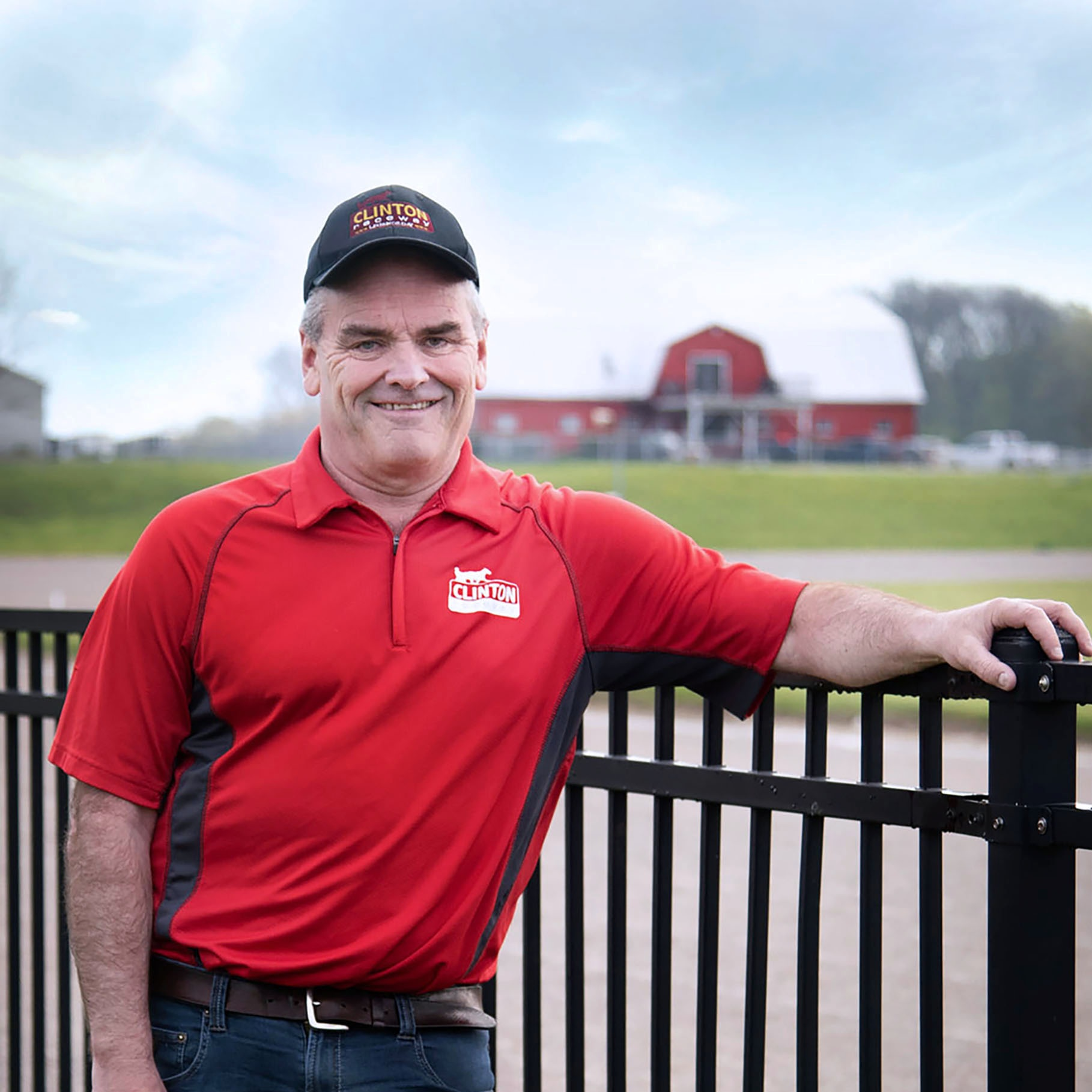 Join us as we celebrate our GM's induction into the Horse Racing Hall of Fame. Ian Fleming will be honoured on Legends Day with a race dedication (Race 5) and complimentary cake.