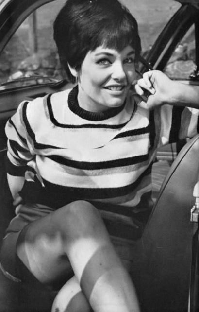 Joan Russell - 5.jpeg