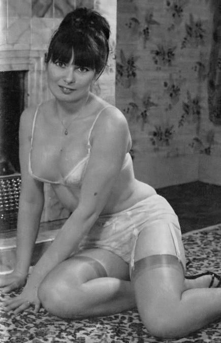 Jackie Taylor - 4.jpeg