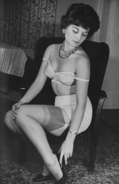 Gloria Gale - 3.jpeg