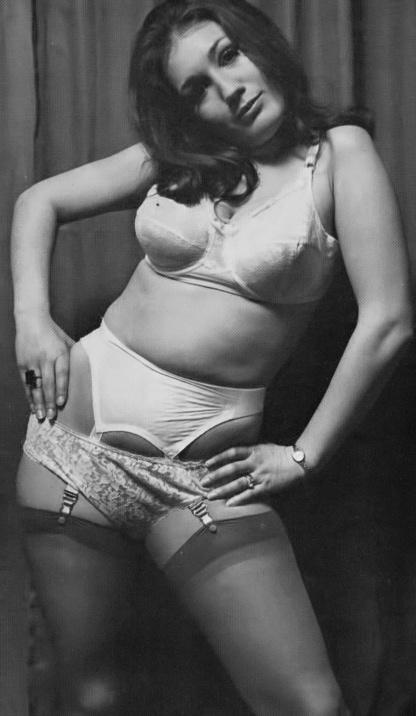 Marita Saunder - 4.jpeg