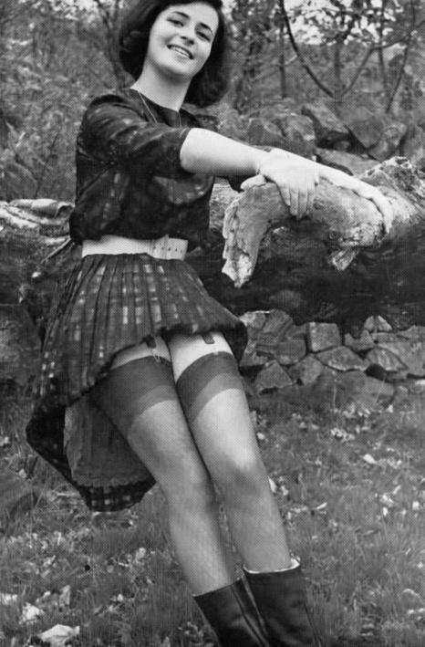 Vicki Munro - 6.jpeg