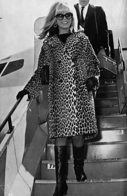 Nancy Sinatra.jpeg