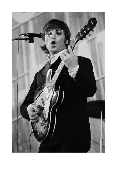 Bent_Rej-John_Lennon.jpg