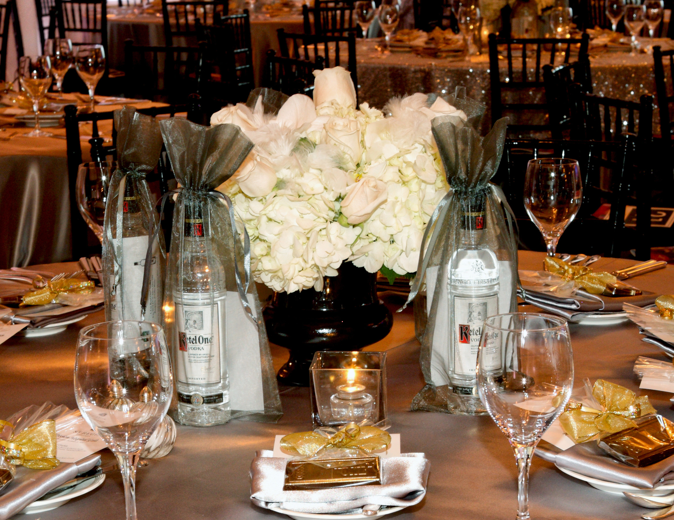 """MISSION HOSPITAL: HOLIDAY GALA   """"Thanks to Rob's contributions to the Holiday Gala, the decor elements played an important role in raising event net proceeds of over $3.1 million over the past three years to benefit the life-saving work at Mission.""""   Read Letter"""