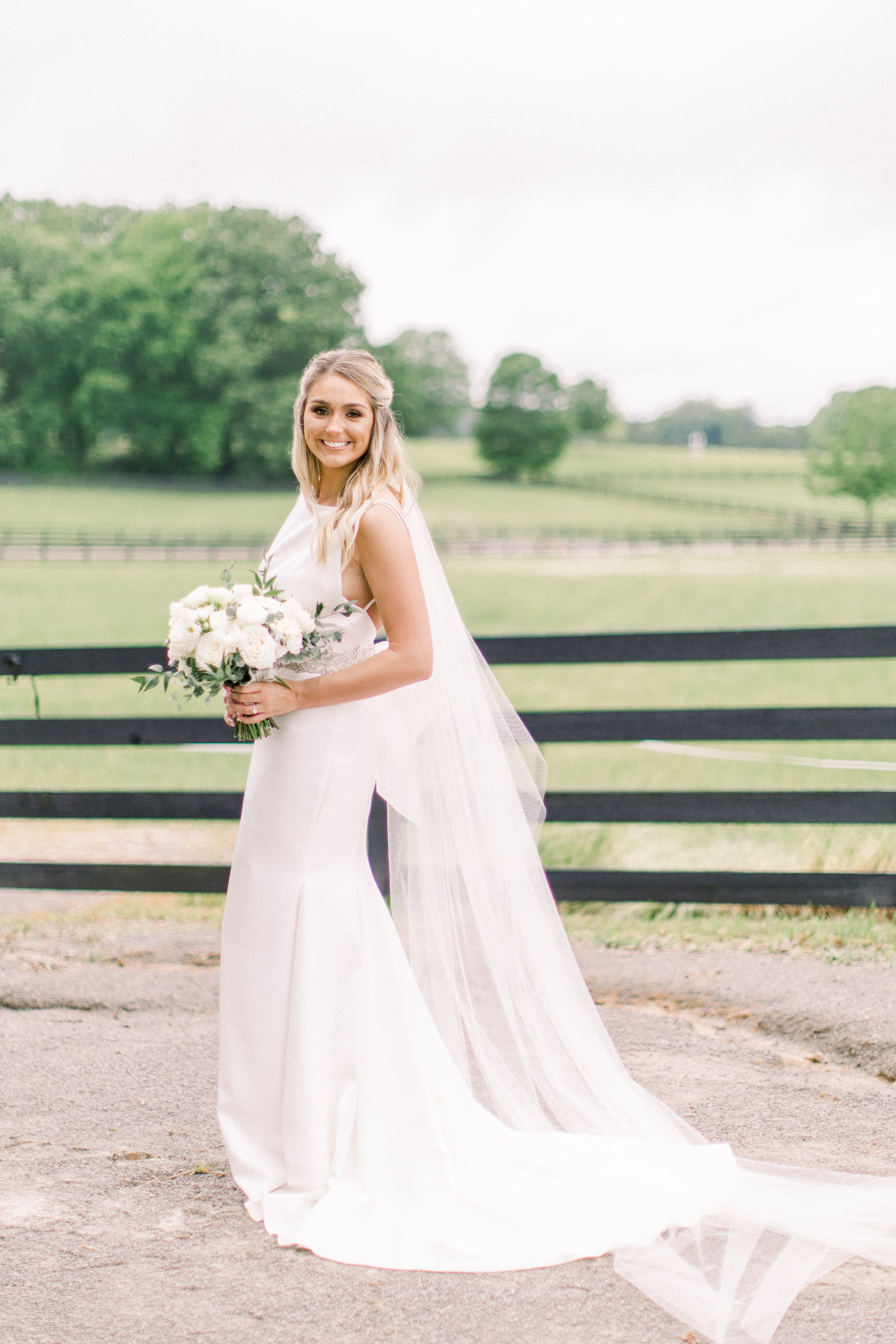 Wren & Rose Floral Design | Shelby Wren Boykin | Mississippi Wedding Florist | Providence Hill Farm | Elle James Bridal